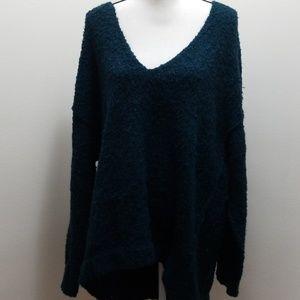 Free people dark blue fuzzy oversize vneck sweater
